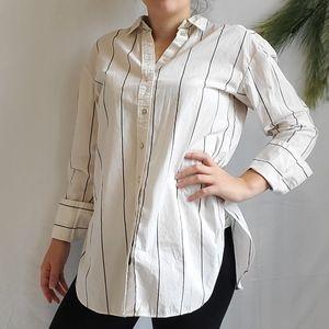 H&M Black & White Pin Stripe Button Down Top Sz 6